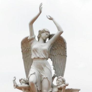 彭州波顿葡萄庄园天使雕塑